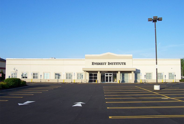 Corinthian owns Everest campuses around the country. Photo by Daniel Penfield/Wikimedia Commons.